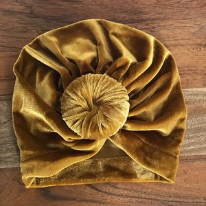 Other - B2G1 Free Baby Velvet Knotted Turban Hat in Gold